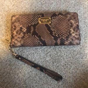 NWT Michael Kors Snake Skin Wallet